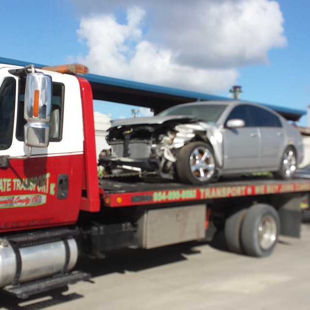Flatbed Towing Services – Knowing When You Need Them