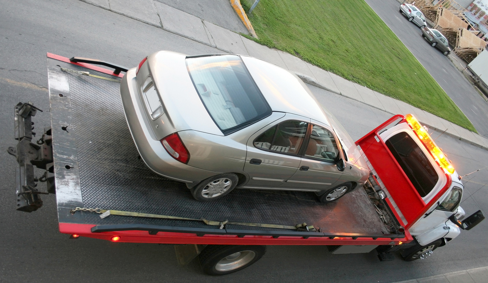 Flatbed Towing Services - Knowing When You Need Them